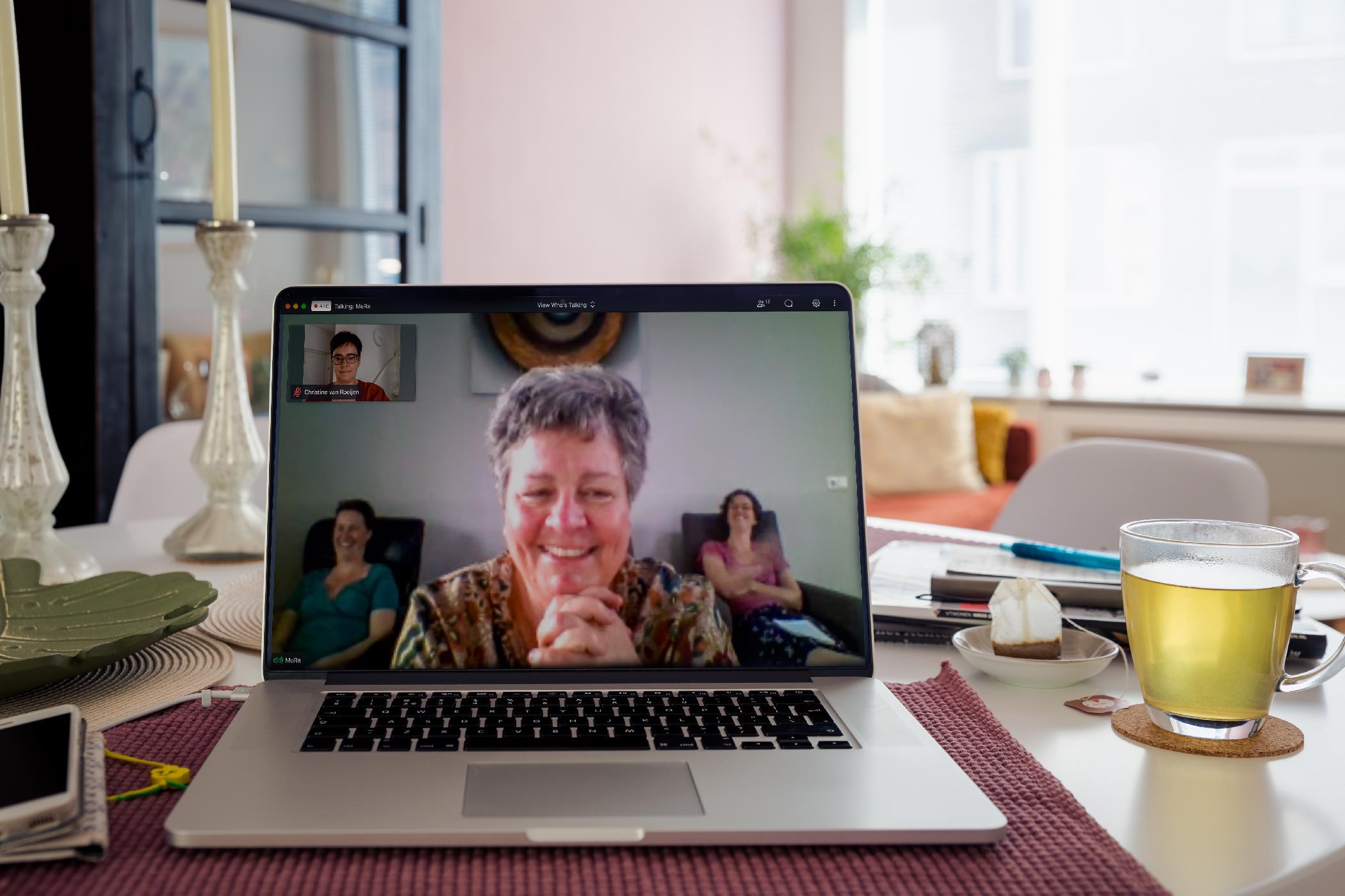 Mura Werkt Thuis, Camping Eigenaar Voor Een Inspiratief Verblijf